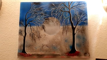 Des arbres dans la lune